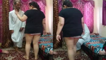 Hot bhabhi taking dance on arabic man