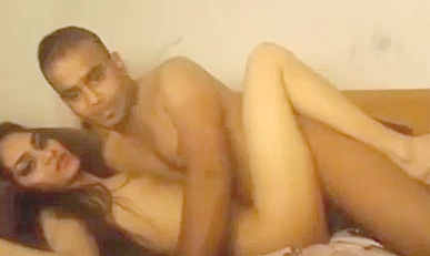 Hottest Indian couple Fucking on Cam to Show Friends