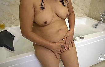 rich indian bhabhi masturbate with fun in bathtub