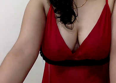 sexy niple pock with huge clevage tease