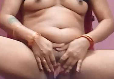 "Bhabhi Removing Blouse & Dancing Naked..""Dekho Kitni Geeli hai meri Choot"""