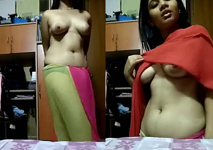 Desi Hot Babe Stripping Her Saree