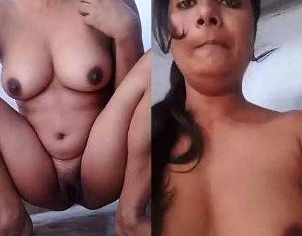 Desi Hot Bihari Horny girl Soni nude selfie and fingering pussy