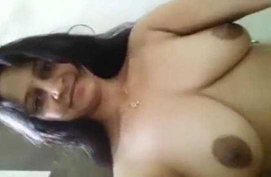 desi aunty full nude show in bathroom