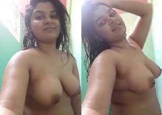 Desi village cute wife nude bath show