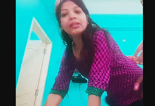 Deepa bhabi fing her pussy and suck her devar dick