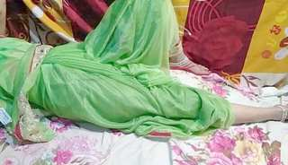 Married bhabhi shalni ki hotel me chudai Saree sex