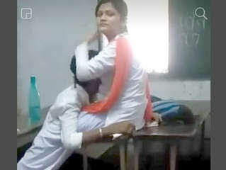 Desi collage lover kissing in class room
