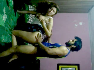 Desi sexy housewife simran fucking with her driver part 3