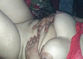 Desi show her big boobs and nice pussy