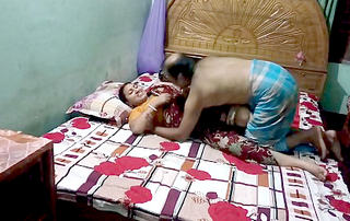 Desi village aunty before fucking romance