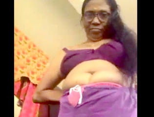 Desi hot sexy aunty change her clth