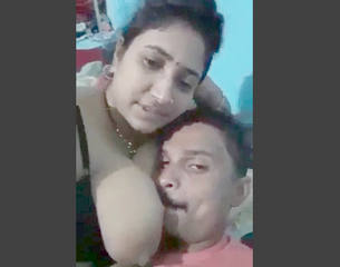 big boobs bhabi romance with her father in lw