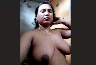 Desi Hot Aunty Bathroom Selfie