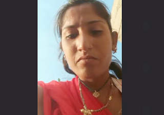 Desi Village Aunty Recorded Her Pissing Vid