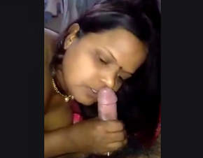 Cock Hugry Aunty Giving Blowjoob & Riding