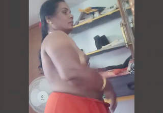 Desi Aunty Captured Nude