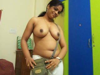 South Indian office Aunty nude Videos Part 16