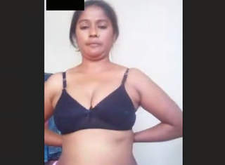 Bangla Aunty On Video Call