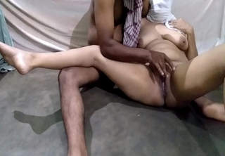 Fucking Desi Chubby Milf Indian Maid On Floor Cum On Pussy