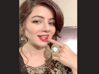 Pak Pop Singer Rabi Pirzada Nude 6 Clips Part 4