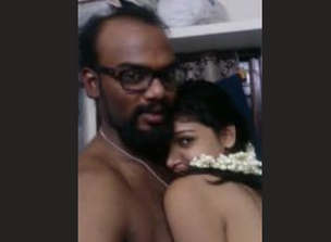 Young Telugu Married Girl Juicy Boobs Part 6
