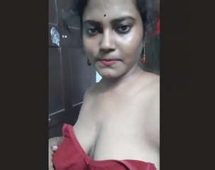 Hot Indian Girl Showing Her Boobs 1