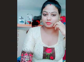 Husband Dick Flash While Wife making Tiktok Video