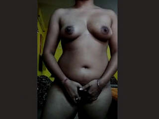Hot Indian Girl new Clips Part 2