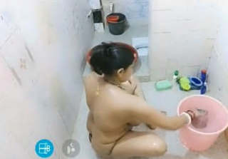 Big Booby Sexy Bhabhi Nude Bath Video