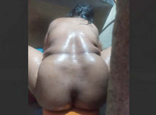 Neighbor bhabhi Complete bath vids part 3