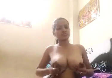 Desi girl fingering for bf