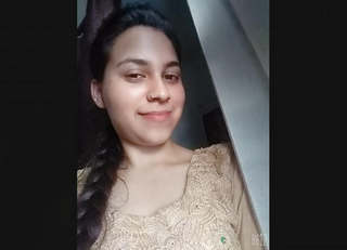 Beautiful Himachal Girl Showing On Video Call