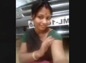 Indian maid Record Her Fingering Selfie Video