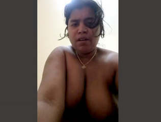 Mature bhabhi riding hard