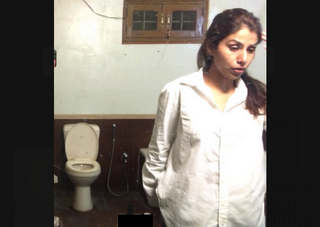 Beautiful Paki Girl Peeing Hidden Cam