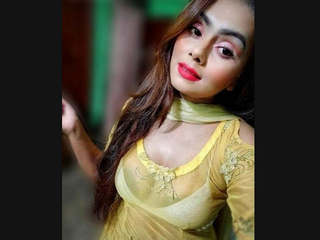 Most Wanted Bangladeshi Sexy Insta Babe Leaked Videos Part 3