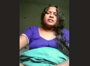 Horny Tamil Bhabhi Showing Her Boobs and Pussy